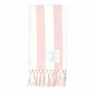 Torchon Ditte Pink GreenGate - Disponible au magasin L'Îlot Lamp' à Granville et sur notre site L'Îlot Lamp'. Retrouvez toute la collection GreenGate ici !