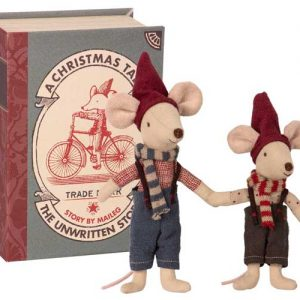 Christmas Mice in Box - Maileg - Disponible au magasin L'Îlot Lamp' à Granville et sur notre site. Retrouvez la collection MAILEG !