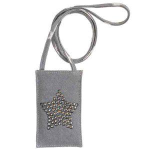 Pochette de Telephone Metal Star Grey GreenGate - Disponible au magasin L'Îlot Lamp' à Granville et sur notre site L'Îlot Lamp'. Retrouvez toute la collection GreenGate ici !