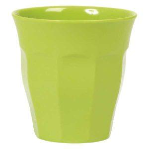 Gobelet Mélamine Colored Green Rice - Disponible au magasin L'Îlot Lamp' à Granville et sur notre site L'Îlot Lamp'.Retrouvez la collection Rice