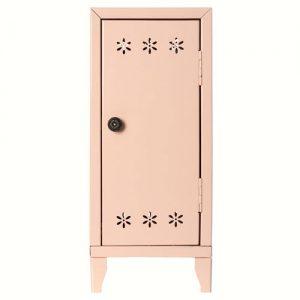 Penderie Locker 3 cintres - Maileg - Disponible au magasin L'Îlot Lamp' à Granville et sur notre site. Retrouvez la collection MAILEG !