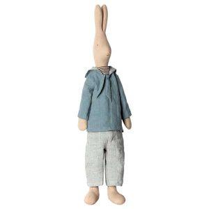 Mega Rabbit Sailor Boy - Maileg - Disponible au magasin L'Îlot Lamp' à Granville et sur notre site. Retrouvez la collection MAILEG !