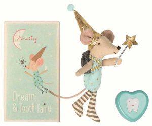 Tooth Fairy Big Brother Mouse - Maileg - Disponible au magasin L'Îlot Lamp' à Granville et sur notre site. Retrouvez la collection MAILEG !
