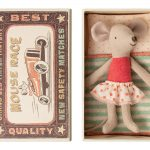 Little Sister Mouse corail in Box - Maileg